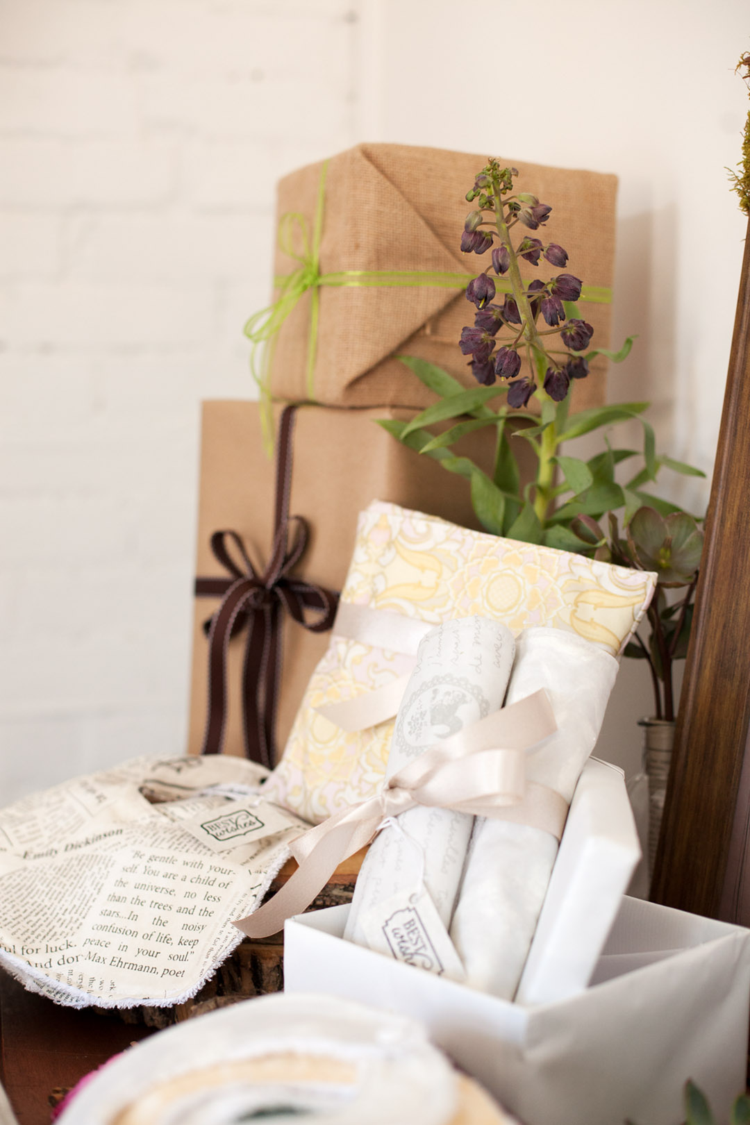 natural loving mama to be gift station